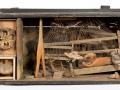 Louis Pons  N° 1357 Jouet pour adultes Nid de poussière  - 1962 - 30x60x20 cm