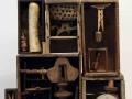 Louis Pons,  N° 1956,  Jouet pour adultes Petite maison pour Alfred Jarry - 1962 - 42x57x27 cm